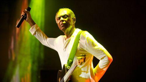 """Gilberto Gil : """"C'est plus que naturel de cultiver la dimension noire de la musique du Bahia et du Brésil"""""""