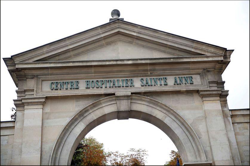 Le Groupement Hospitalier Universitaire, réunit les hôpitaux Sainte-Anne, Maison Blanche et Perray Vaucluse et accueille 60 000 patients parisiens chaque année.
