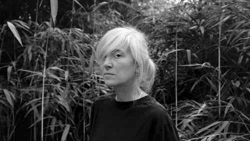 """Elene Usdin : """"Le fil narratif du livre a été construit à partir des rêves qui m'habitent continuellement"""""""