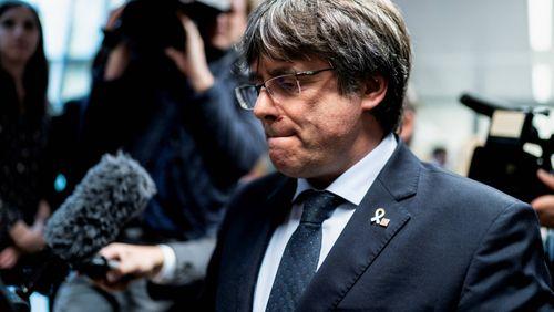 L'Italie prend l'Espagne de court en arrêtant le Catalan Carles Puigdemont