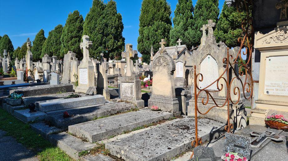 """Des cimetières"""" plus verts"""" à Nîmes pour les fêtes de la Toussaint"""