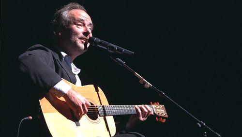 """Maxime le Forestier : """"Les chansons de Brassens coulent et sont fluides comme s'il les avait improvisées"""""""