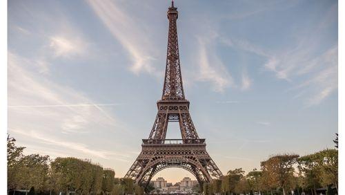 Chère Tour Eiffel...
