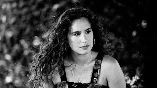 """Lina Soualem :""""Mon film fait le lien entre l'intime et l'Histoire collective"""""""