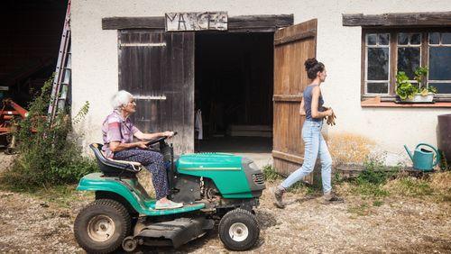 Champs libres, trois générations d'agricultrices au fil des saisons